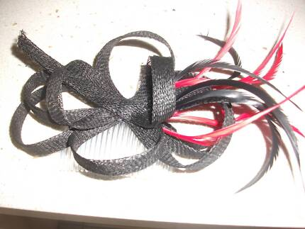 Lady's Fascinator black and red,  set on a hair comb Kewarra Beach Cairns City Preview