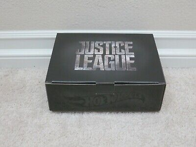 BRAND NEW 2017 SDCC MATTEL HOT WHEELS JUSTICE LEAGUE BATMOBILE