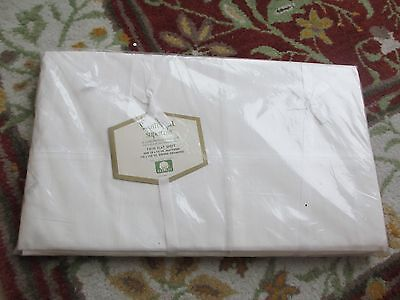 "WAMSUTTA SUPERCALE VINTAGE WHITE FLAT TWIN SHEET (72"" X 108"") UNUSED NEW IN PKG!"