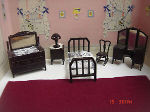 Vintage 6 Piece Tootsie Toy Metal Dollhouse Bedroom Furniture