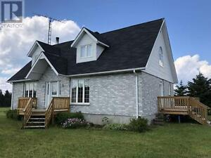 840 Con 10 & 11 Cochrane, Ontario