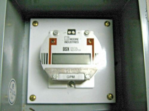 (q1-6) Moore Industries Dsx/4-20ma/0.0-18.0/1.ovlpoth W Hoffman A51 Enclosure