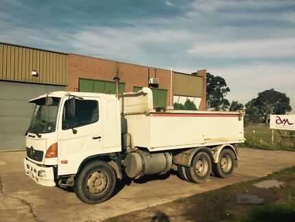 Tandem Tipper With Work X3 Dandenong South Greater Dandenong Preview