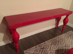 Table laqué rouge console