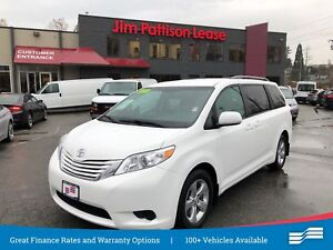 2017 Toyota Sienna LE w/back up cam, alloys and heated seats