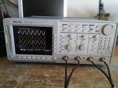 Tektronix 4 Channel Tds754a 500mhz 2gsas Oscilloscope 13 1f 1m 2f