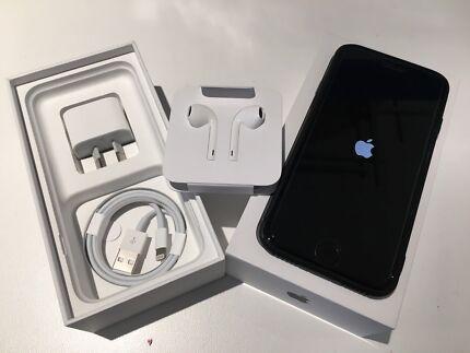 IPhone 7, 32g, matte black,17months warranty,good condition