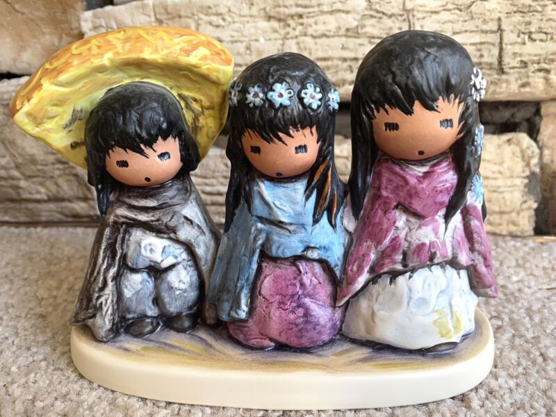 1986 Goebel Children of DeGrazia Wee Three Figurine imprint #10 326 13
