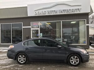 2009 Nissan Altima LOADED  Sunroof leather 4 cyl only $7995