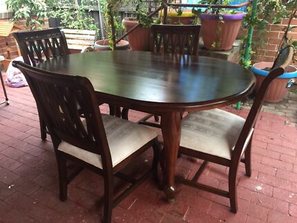 Beautiful Solid Wood Carved Dining Table & 4 Chairs. Chester Hill Bankstown Area Preview