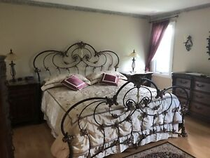 6 piece furniture bed set (excellent condition)
