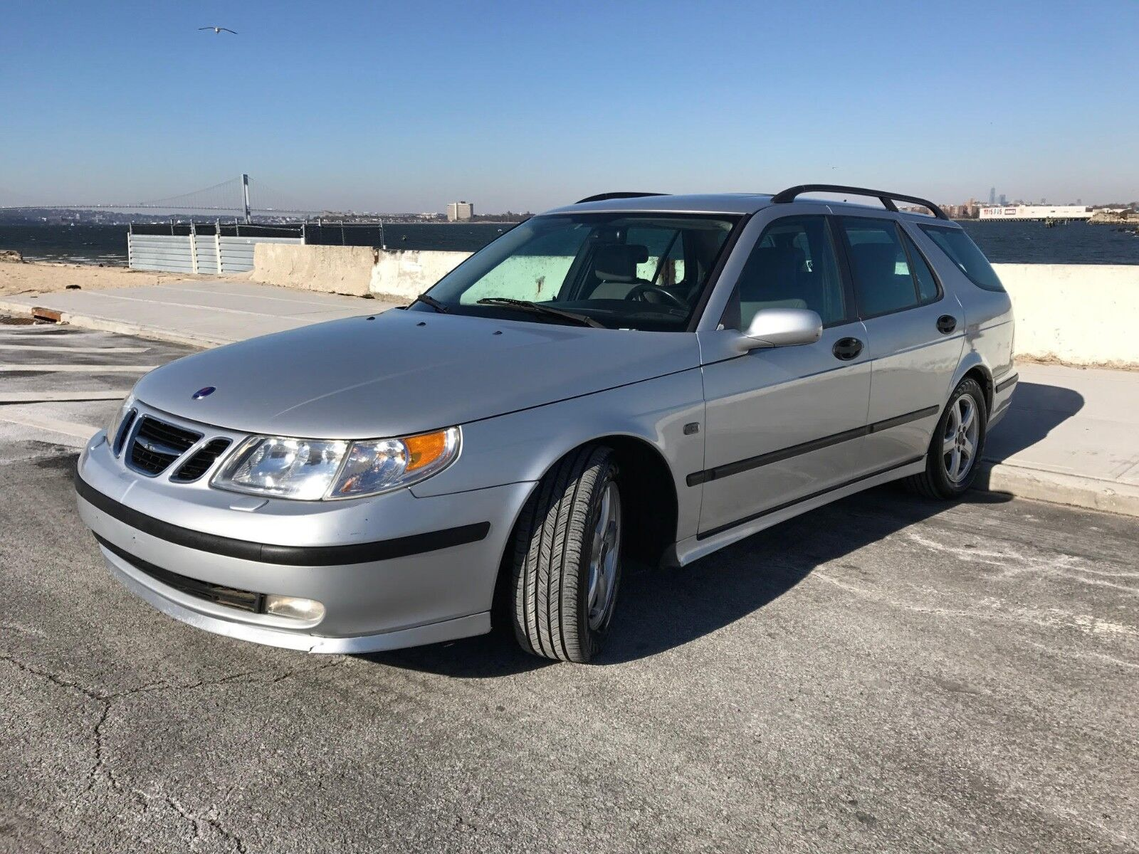 2004 Saab 9-5  2004 SAAB  9-5 LINEAR, LOW 96K MILES, 2 OWNERS,NICE SPORTY WAGON !