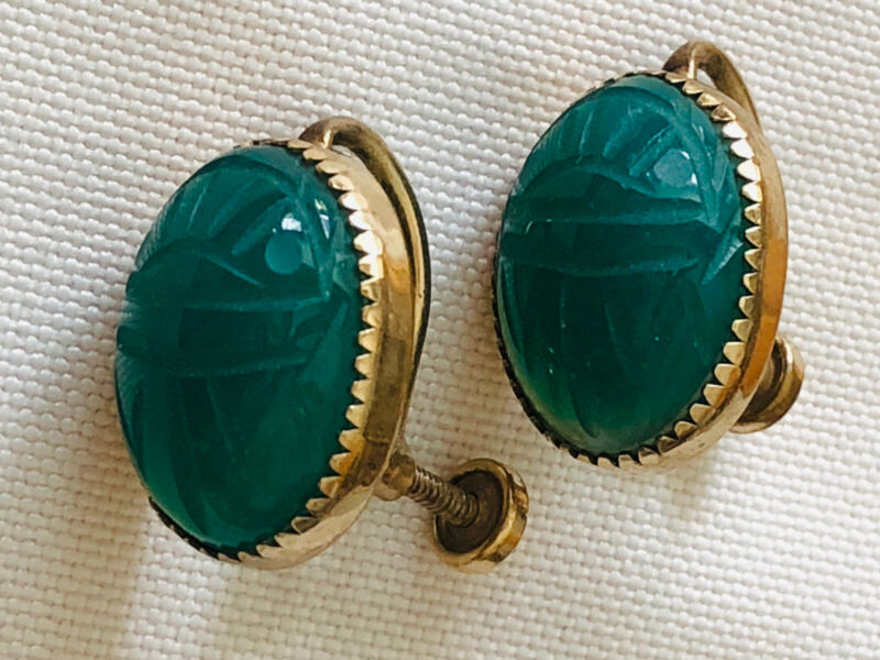 VTG. JADE HAND CRAFTED SCARAB GOLD FILLED SCREW BACK EARRINGS