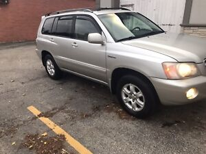 2002 Toyota Highlander limited AWD certified and emissions