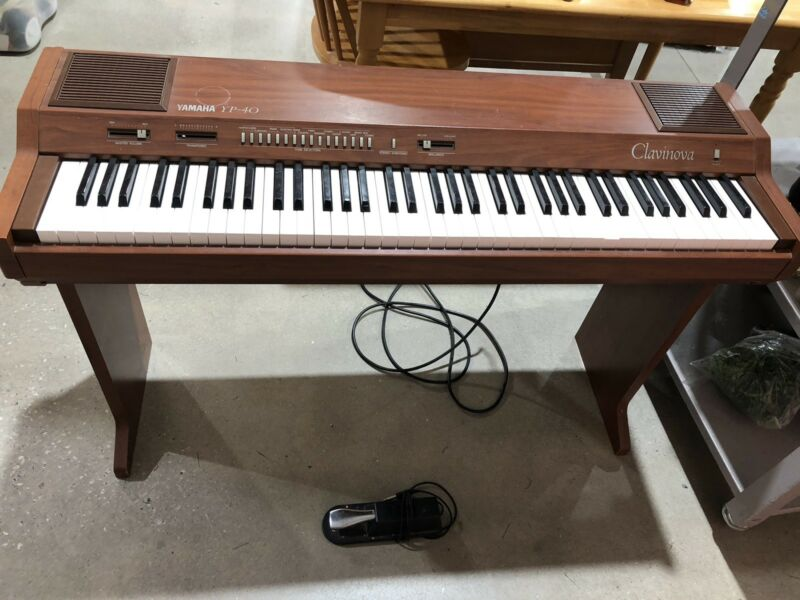 Vintage Yamaha YP-40 Clavinova Electric/Digital Piano 76 Keys 1983 EUC