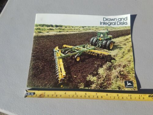1975 John Deere Drawn & Integral Disks Equipment Sales Brochure Booklet 44 Pages
