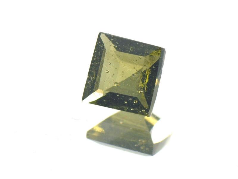 0.69cts SQUARE standart cut 5.5x5.5mm moldavite faceted cutted gem BRUS1183