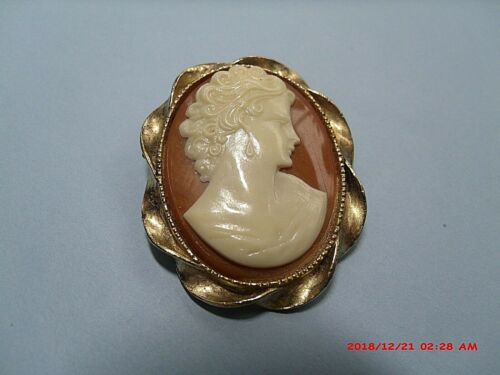 "VINTAGE LARGE 2"" LEFT HANDED CAMEO BROOCH CELLULOID AND GOLD TONE"