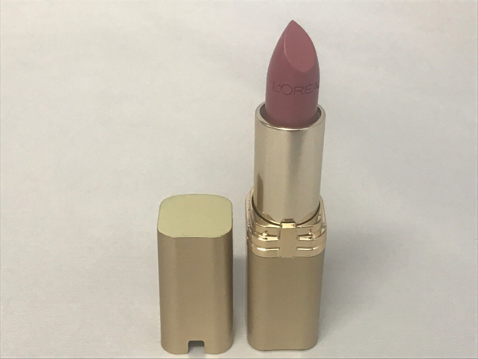 1 Tube Loreal Colour Riche Lipstick 560 Saucy Mauve Unsealed
