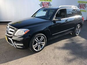 2014 Mercedes-Benz GLK-Class 350, Leather, Panoramic Sunroof, AW