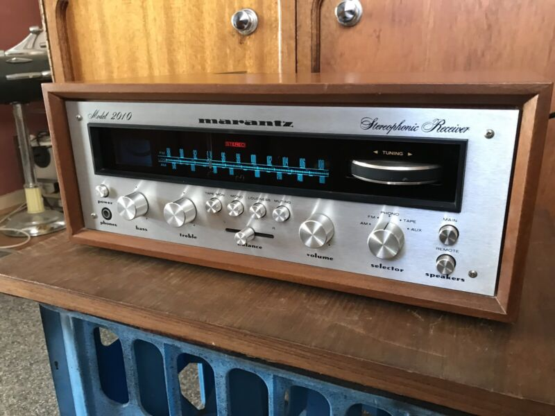 VINTAGE HIFI & STEREO SYSTEMS. Receivers, turntables ...