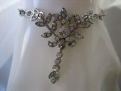 Costumes From Downton Abbey (DOWNTON ABBEY SILVER TONE CRYSTAL JEWEL COSTUME NECKLACE FROM THE HIT)