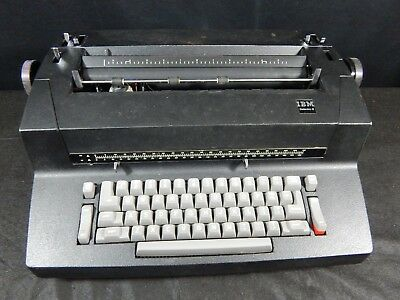Vintage Ibm Selectric Ii Electric Typewriternice Black Color Non-working