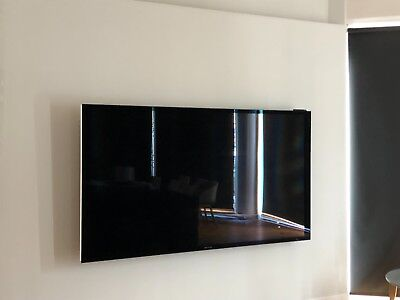 Bang & Olufsen BeoVision Avant 85 with Fixed Wall Bracket Or Floorstand