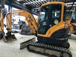 Hyundai R35z-9 Excavator Hallam Casey Area Preview