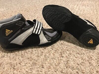 NEW! ADIDAS YOUTH WRESTLING SHOES Size 5 Y BLACK/GRAY/WHITE SN# 779001
