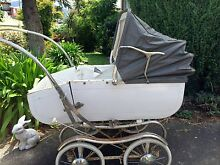Old Pram - Vintage Pram - Pedigree West Moonah Glenorchy Area Preview