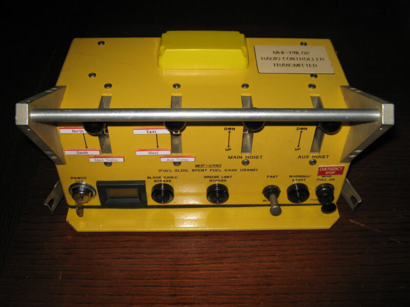 Control Chief Crane Remote Transmitter, Type LM, Used