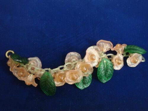 vintage PLASTIC FLOWERS & LEAVES BRACELET