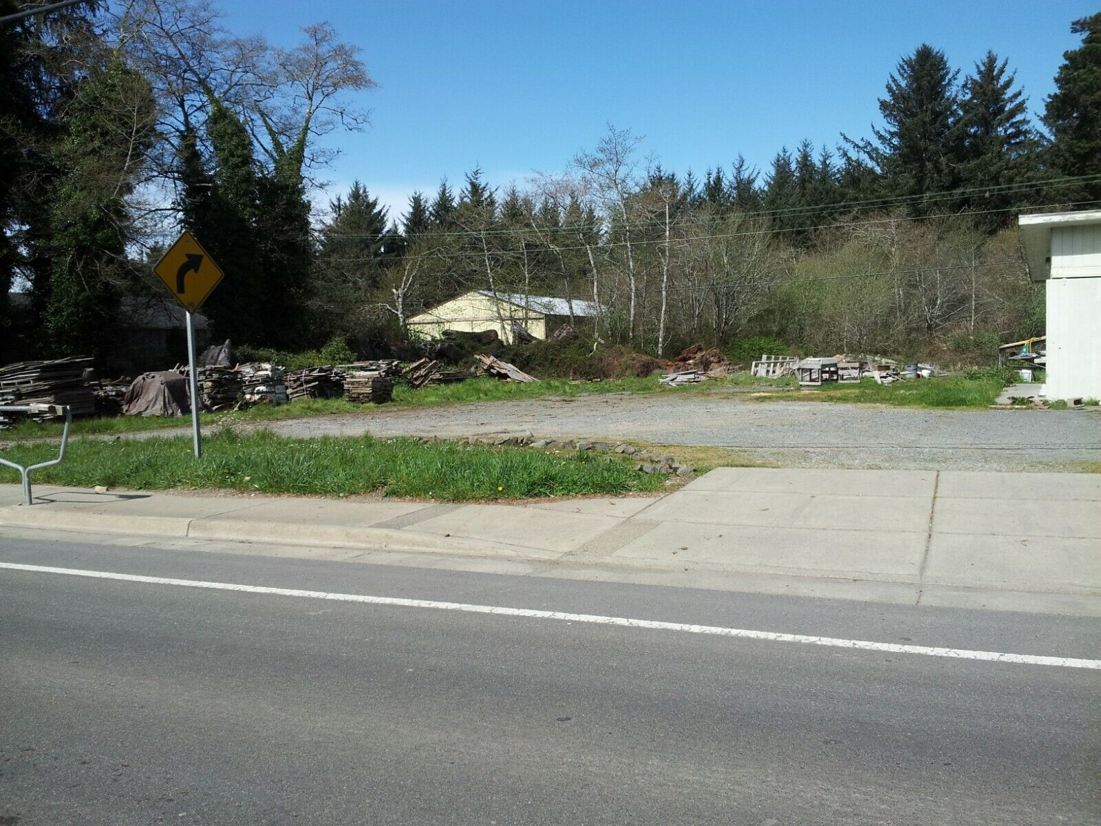 2 Lots - 1 Commercial 1 Residential Crescent City CA 3/4 Miles To Beach Harbor - $95,000.00