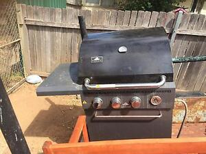 Bbq Jamie Duire patio size Rosemeadow Campbelltown Area Preview