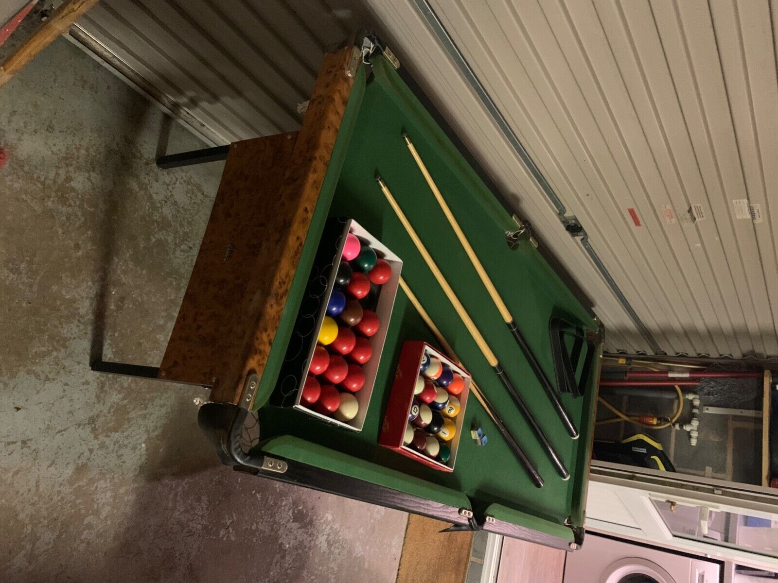 foldable pool/snooker table, 790 mm x 1540 x 820 high