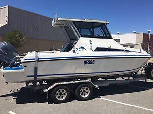 HARD TOP 6.6 FIBERGLASS BOAT Woodvale Joondalup Area Preview