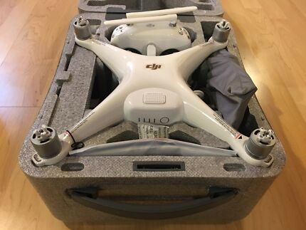 Phantom 4 Pro+!!!with original receipts!!!spare batterie and backpack