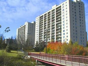 Charming 55+ In St. Vital   Large 2 Bedroom