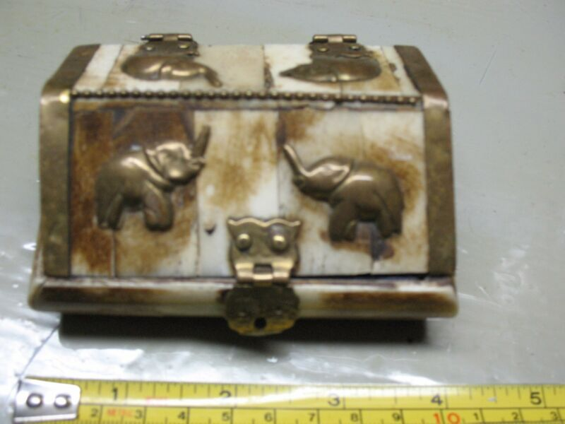 ELEPHANT JEWELRY /TRINKET BOX BRASS & BONE  ARTIGIANO  HAND MADE  EXOTIC SUPER!
