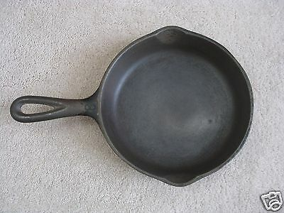 WAGNER WARE SIDNEY ● CAST IRON SKILLET #3 1053 S  ● HEAVY CLEAN FLAT SMOOTH