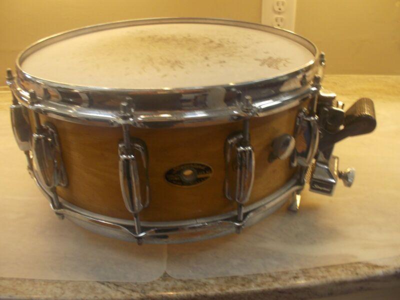 Slingerland Spitfire maple snare drum