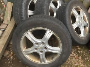 225 70r 17 gm 5 bolt rims and tires