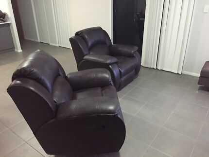Recliner couches Wilsonton Toowoomba City Preview