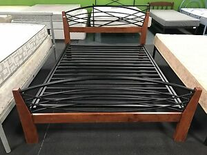 BEAUTIFUL DOUBLE BED FRAME! Osborne Park Stirling Area Preview