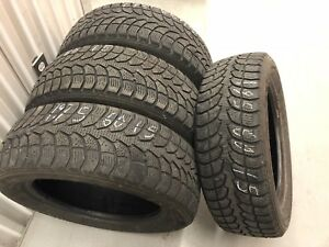 4 Winter Claw tires:195/60R15