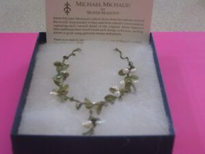 Boxwood necklace by Michael Michaud