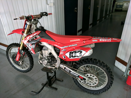 Crf450 2016 $5800 firm nothing to spend
