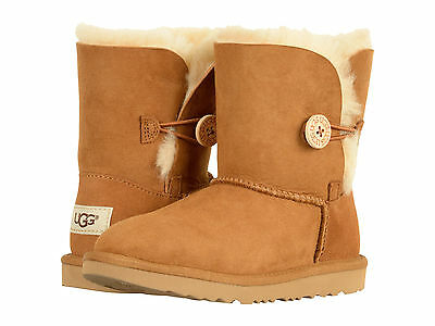 Kids Bailey Button (Kids UGG Bailey Button II Boot 1017400K Chestnut Suede 100% Authentic Brand)