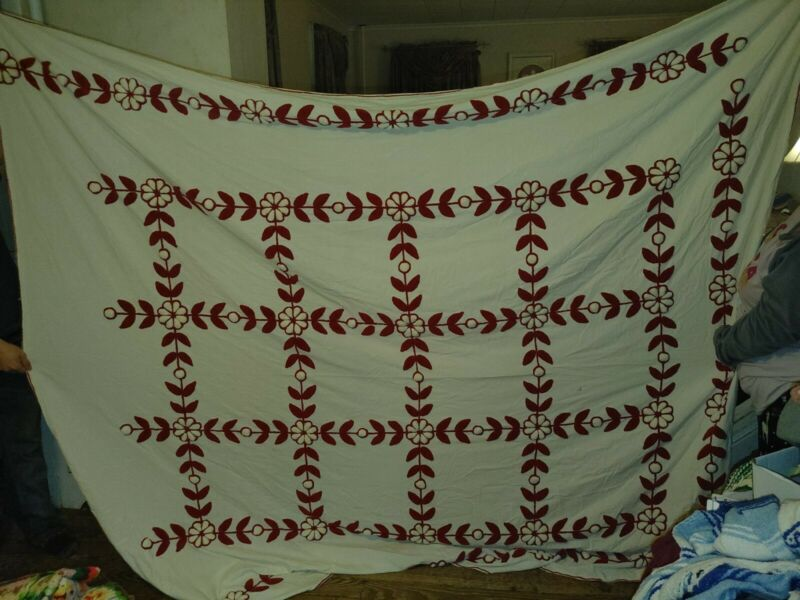 "Red and white Chenille raised floral Bedspread king size 102""x91"""